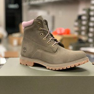 "Timberland Women's Waterville 6"" Boots"